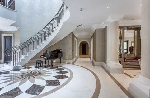 Kings Chase, Oxshott - Curved Precast Concrete Luxury Staircase